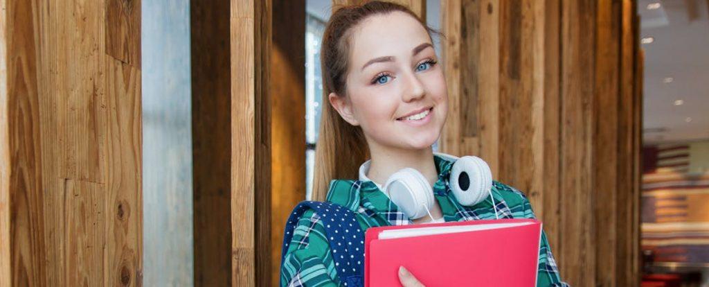 Výnimočných pedagógov ocenili za dlhoročnú prácu s talentovanou mládežou
