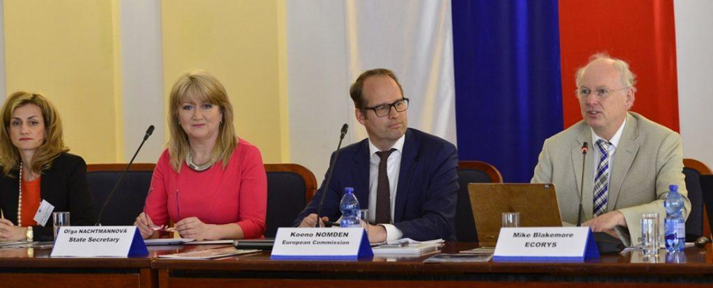 Zasadnutie stovky expertov z Európskej únie